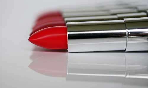 8 pravidel noseni cervene rtenky 1 - 8 pravidel nošení červené rtěnky